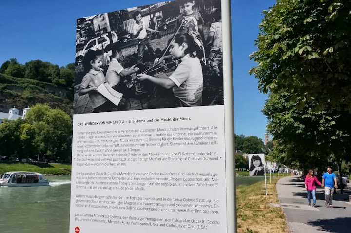 Images of the Venezuelan musicians were displayed in a series of exhibitions in the foyer of the Große Festspielhaus and on the streets of Salzburg.