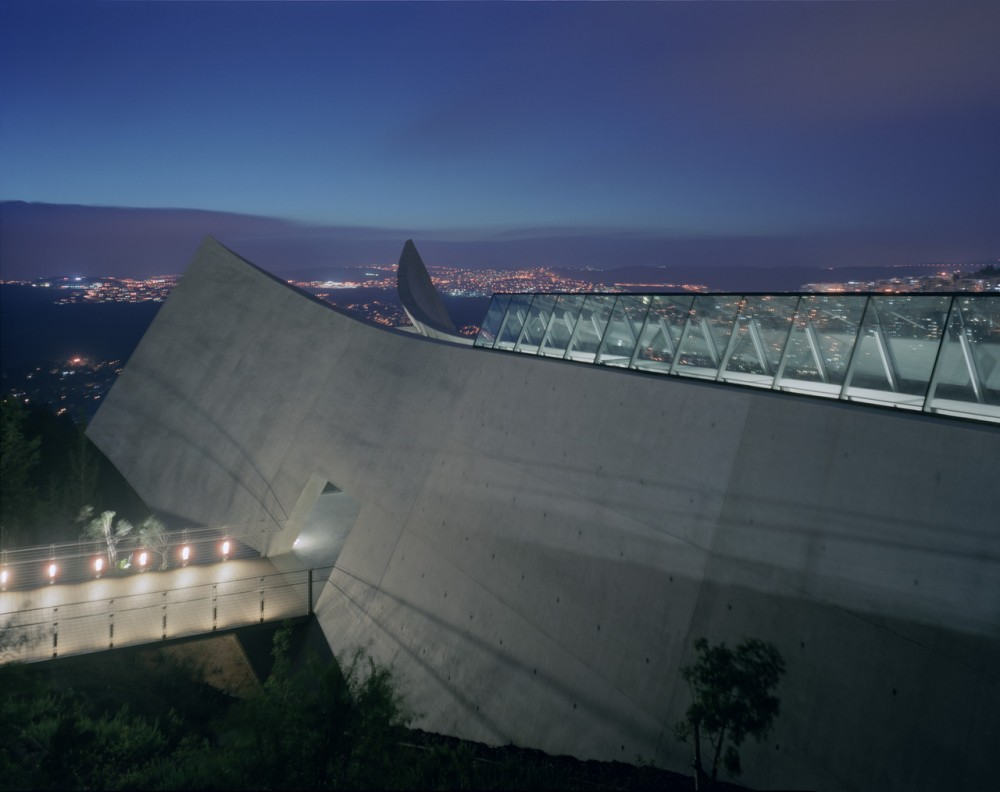 Yad Vashem Holocaust Museum design by Safdie Architects