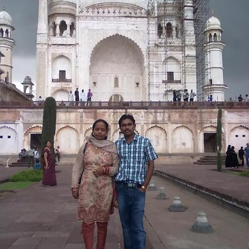 Priya Saigal Photo 1
