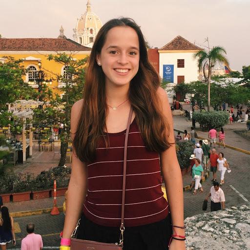 Veronica Moreno Photo 17