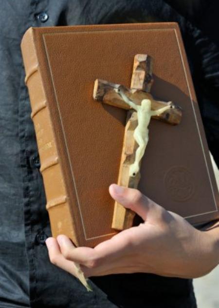Paturēt Jēzu
