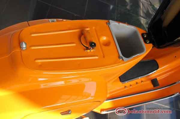 Modifikasi Motor Vespa Special 90 1976 Pemulihan Total
