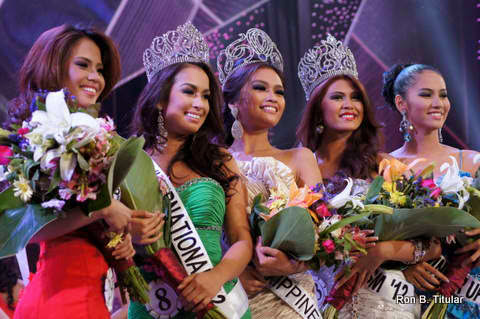 Bb. Pilipinas Universe 2012, Janine Tugonon and her Court of Winners!!! (L-R)Bb. Pilipinas 2012 2nd Runner-up-Ali Forbes, Bb. Pilipinas International 2012 - Nicole Schmitz, Bb. Pilipinas Universe 2012-Janine Tugonon, Bb. Pilipinas Tourism 2012-Katrina Dimaranan, Bb. Pilipinas 2012 1st Runner-up