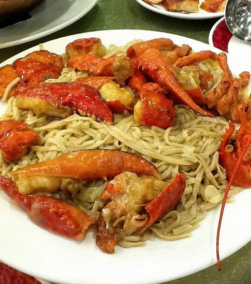 Lobster with Fried Noodles