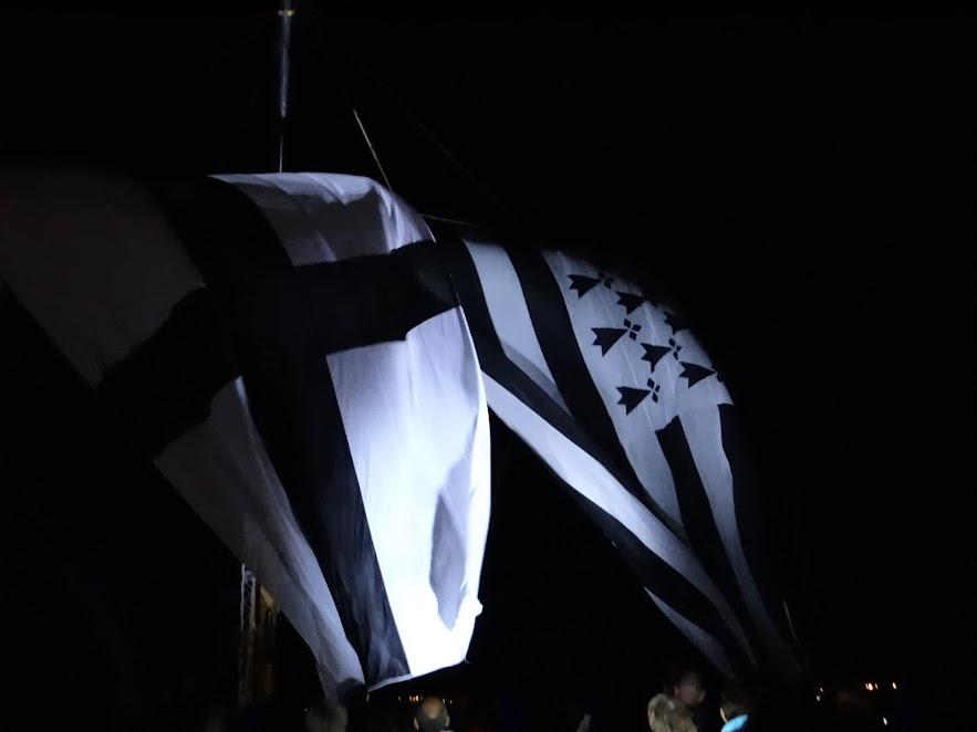 DSC07985.JPG - la nuit des �toiles � Tr�flez par Bretagne-web.fr
