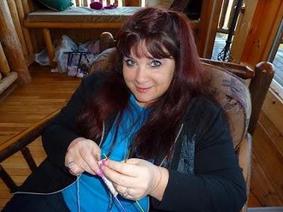 suzy knitting a sock