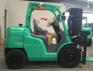 Xe nâng diesel 4-5 tấn