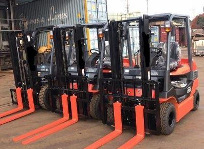 Xe nâng điện Toyota 7FB 8FB 8FBN 0909648178