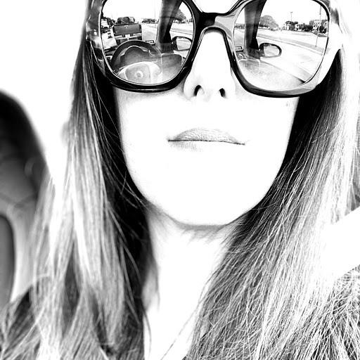 Angela Barnes Photo 34
