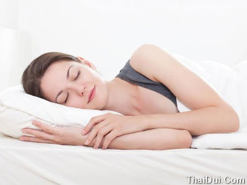 Ngủ sớm sẽ tốt cho da và sức khỏe