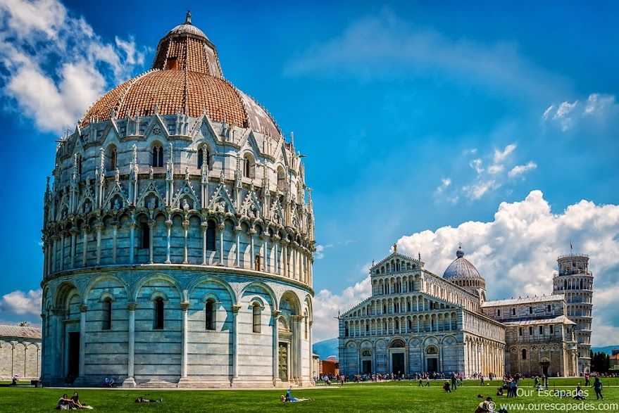 Baptistery duomo leaning tower of pisa