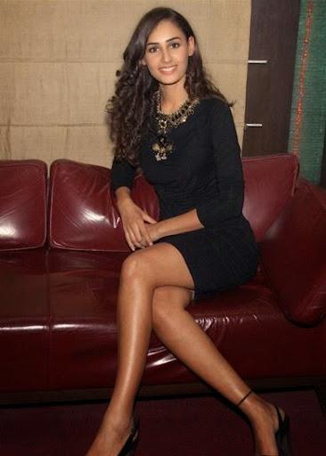 Hasleen Kaur Photos