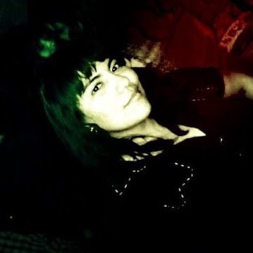 Reyna Mendoza Photo 14