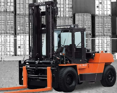 Xe nâng Toyota 15 tấn 4FDK150 4FDK160
