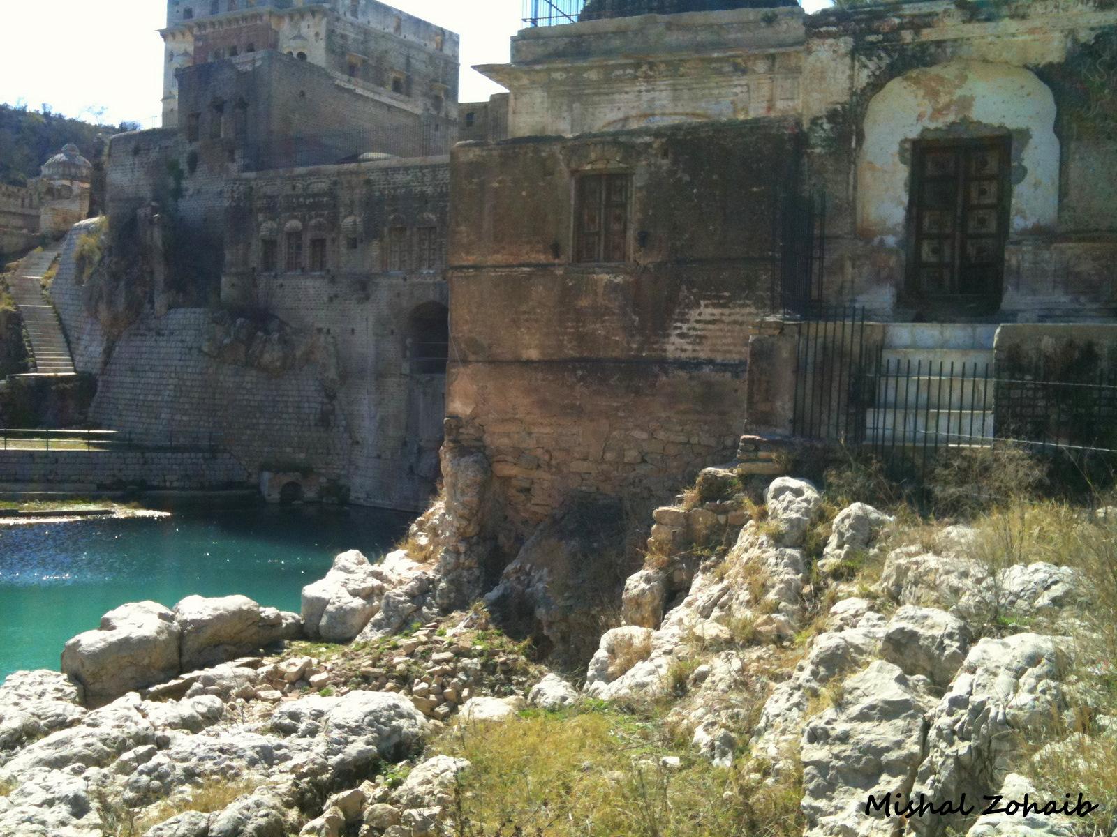 tourism-and-travel-essays
