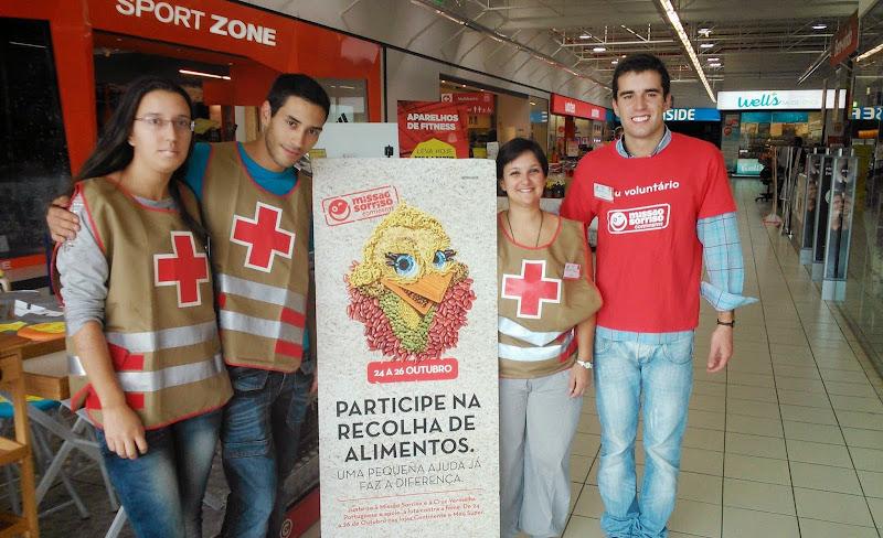 Voluntários no Pólo da Cruz Vermelha da Penajóia estiveram presentes na campanha da Missão Sorriso