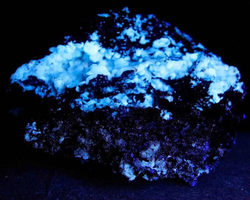 Colección de Minerales Fluorescentes - Página 3 _DSC4548