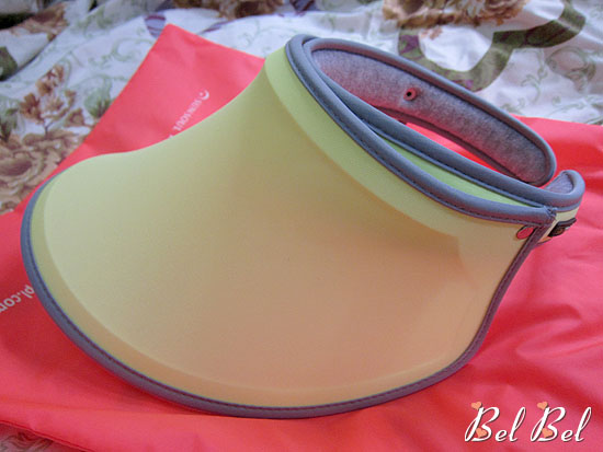 21c3449d Bel Bel 早前收到這件既意想不到,又神奇的美容產品... 表面看來,它是一頂外型很sporty 的太陽帽, 不過它有個很特別的名字,就是-  SunSoul™ Yelomod™ 伸縮美白帽。