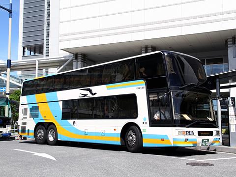JR四国バス「オリーブ松山号」 694-5951