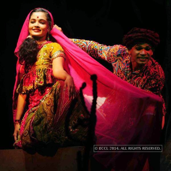 Jwala Karuvakkode during the play Duvidha, held at Fine Arts Hall, in Kochi.<br /> <br />