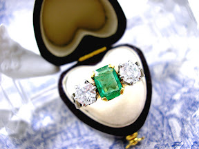 Art Deco Colombian Emerald Diamond Ring
