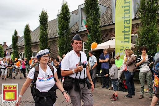 Vierdaagse van Nijmegen door Cuijk 20-07-2012 (33).JPG