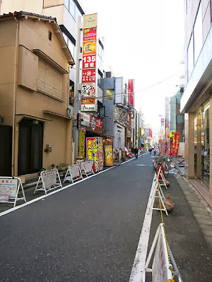 お店の目の前の通り