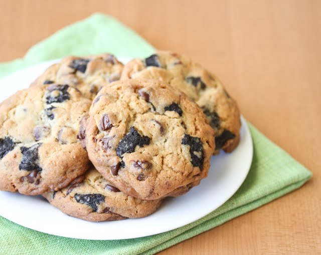 photo of a plate of Oreo Truffle Chocolate Chip Cookies
