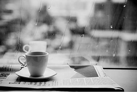 Thơ quán cafe chiều mưa
