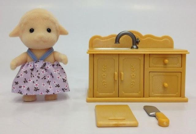 Cừu con và bộ làm bếp xinh xắn