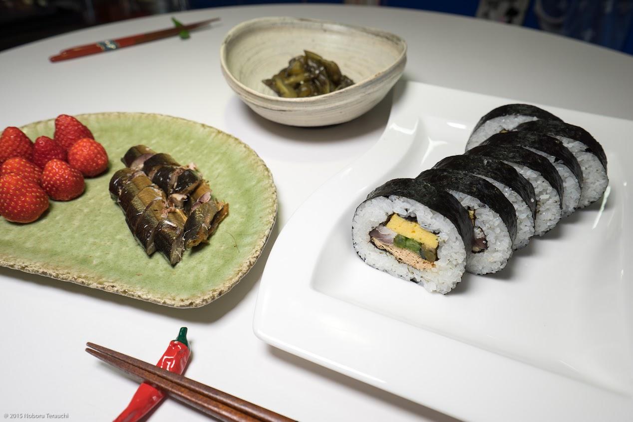 〆鯖入り太巻き寿司は感動的美味しさ