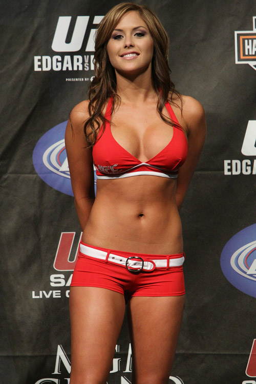Will We See Brittney Palmer at UFC 133?:girls,online girls,find a girl,pretty girls