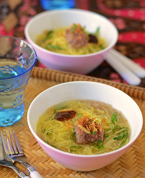 rice-vermicelli-in-beef-broth