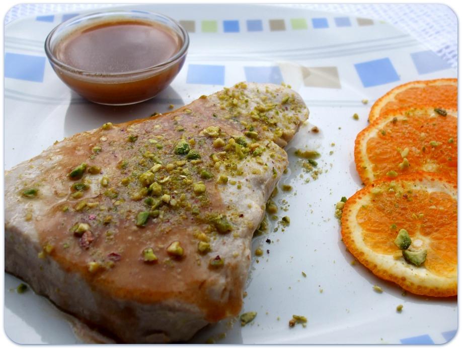 Tomato basil tranci di tonno all 39 aceto balsamico arancia e pistacchi - Cucinare tonno fresco in padella ...