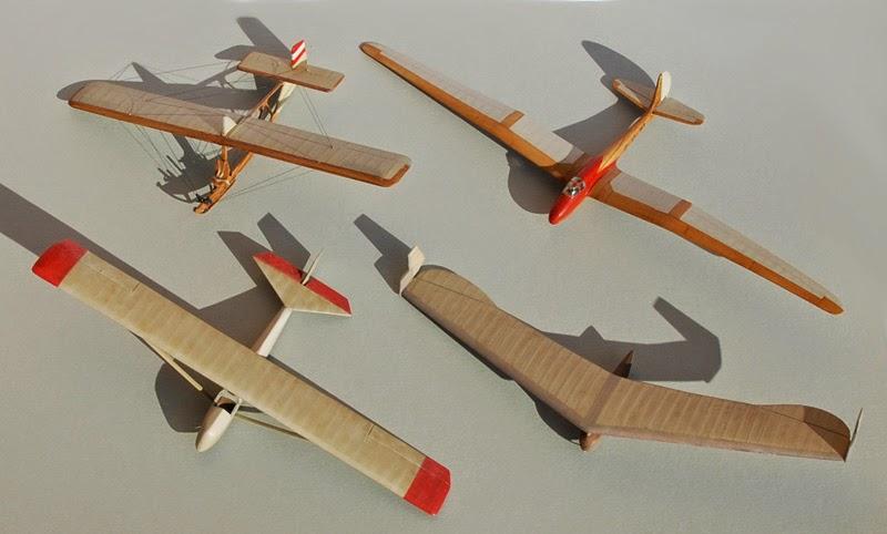 RRG Storch IV... Traduction: un planeur aile volante Fin10