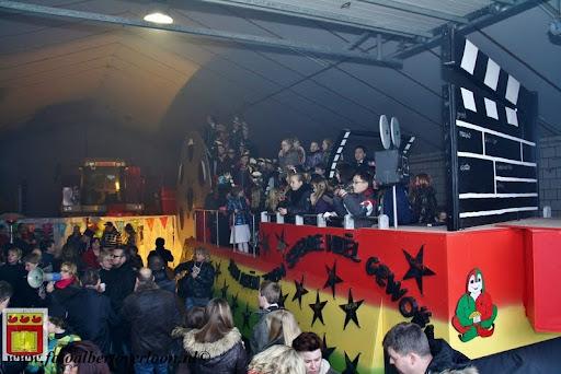presentatie jeugd carnavalswagen 09-02-2013 (75).JPG