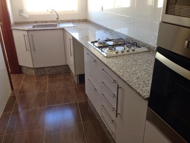 Encimeras de cocina trabajos en piedra decoraci n y for Encimeras de cocina de piedra baratas
