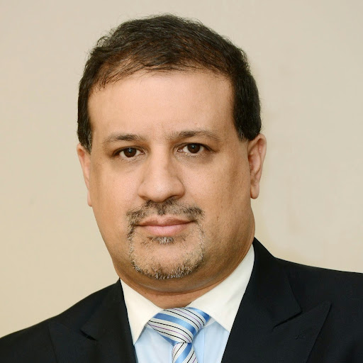 Dr Fabián Medina