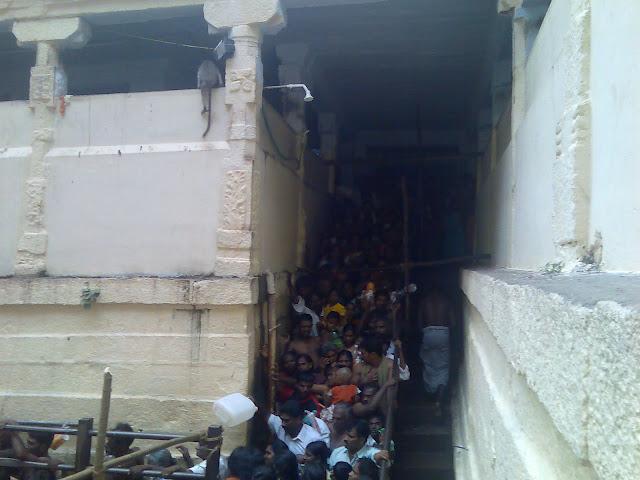 Noopura Gangai Rakkayi Amman Temple, Madurai
