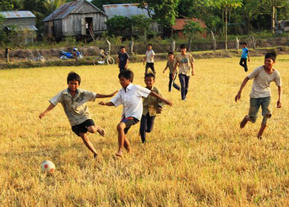 trò chơi đá bóng
