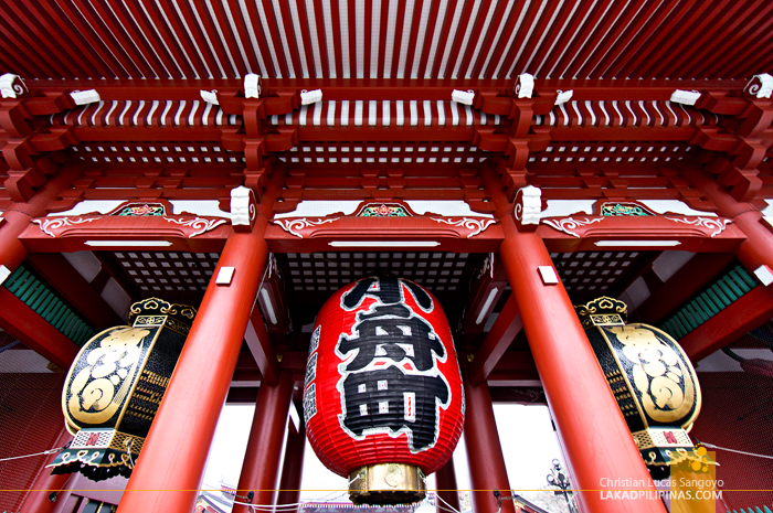 Huge Paper Lanterns at Asakusa's Sensoji Temple