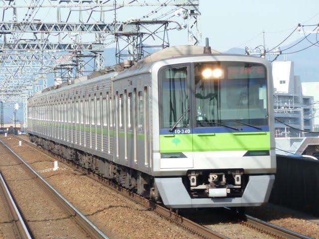 京王電鉄 各停 高幡不動行き1 都営10-300R形