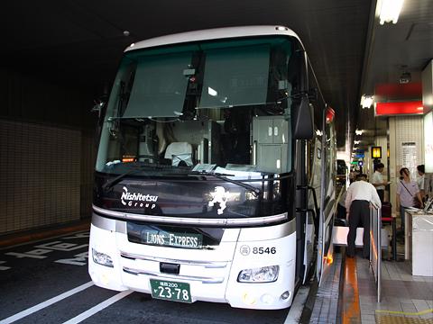 西鉄高速バス「Lions Express」 8546 横浜YCAT到着 その1