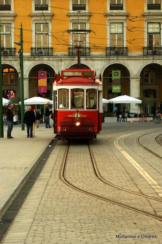 Eléctrico no terreiro do Paço, Lisboa