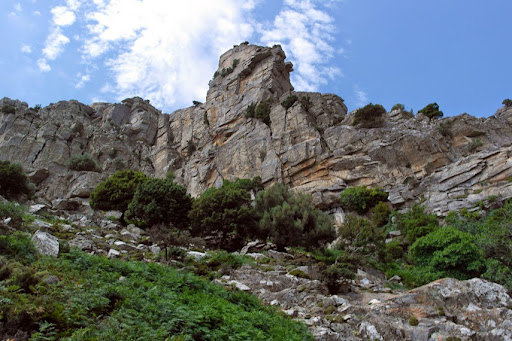 the cliffs under the plateau
