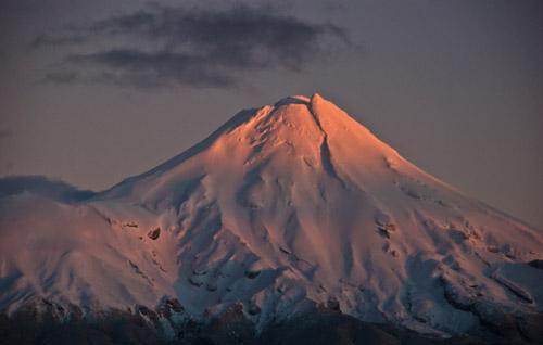 Mount Taranaki at dawn (Photo by Phillip Capper)