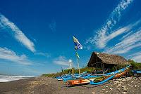 Wisata Jogja - Pantai Kuwaru Yogyakarta