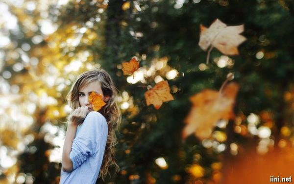 ảnh cô gái mùa thu