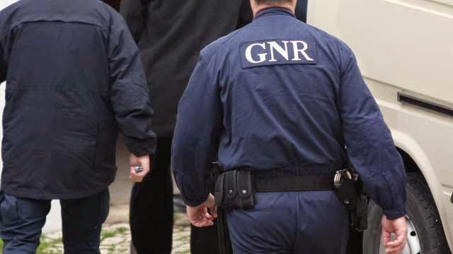 Detenção por tráfico de estupefacientes em Lamego