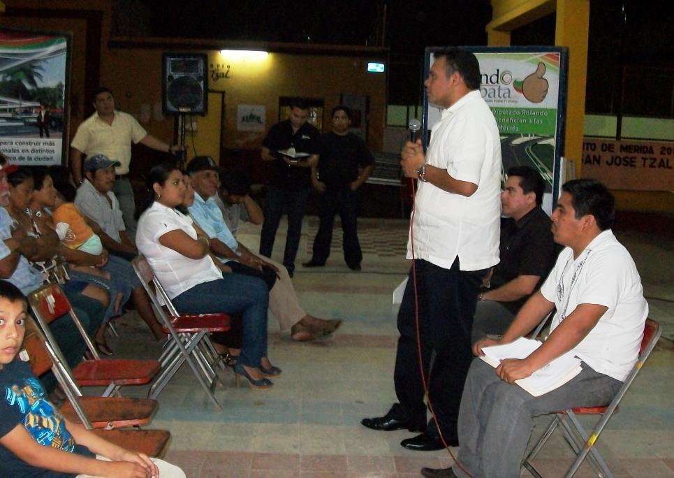 ROLANDO ZAPATA BELLO: FALTA DE MEDICINAS EN EL IMSS